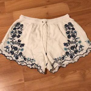a&f loose shorts